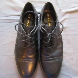 COLE HAAN MEN'S DUSTIN CAP BROGUE II Dress Shoes